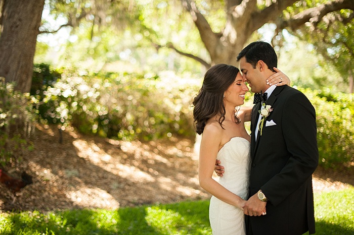 Bride and Groom have a first look at Tampa Yacht and Country Club
