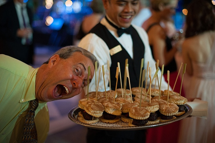 midnight snacks are a great idea for wedding guests